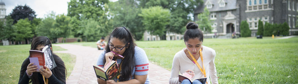 CTY Summer students reading on campus